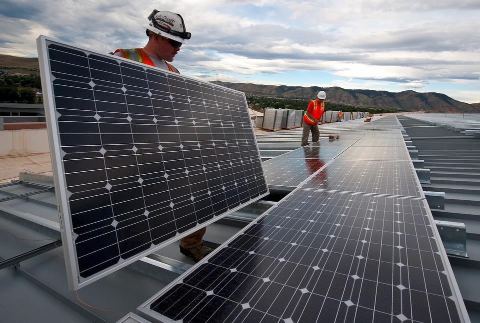 Wybierz kolektory słoneczne – zaoszczędź na rachunkach!