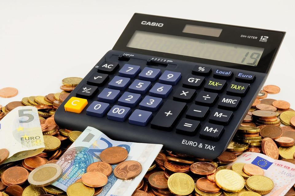 Jak dostać pożyczkę przez Internet?