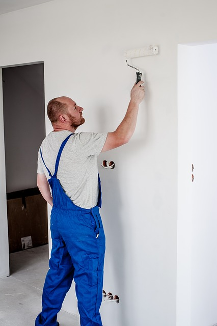 Jak odświeżyć ściany niskim kosztem