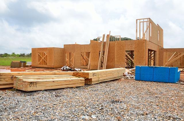 Przygotowanie działki pod budowę domu – najważniejsze formalności