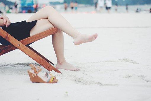 Różne metody na gładkie nogi