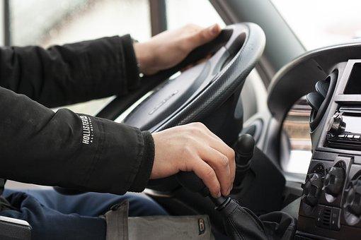 Zielona Karta: możesz potrzebować, gdy wyjeżdżasz samochodem za granicę