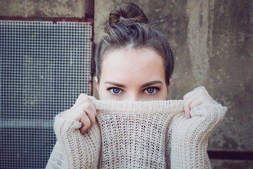 O kosmetykach przeciwzmarszczkowych pod oczy