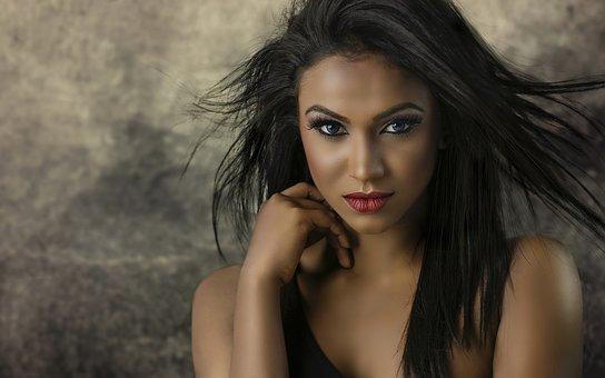 Olśniewający makijaż z kosmetykami Avon